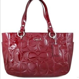 Coach Gallery Embossed Sign Shoulder Red